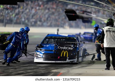 February 17, 2019 - Daytona Beach, Florida, USA: Kyle Larson (42) makes a pit stop for the Daytona 500 at Daytona International Speedway in Daytona Beach, Florida.