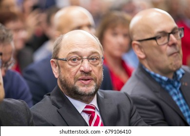 February 19, 2017, Lübeck: Politician and candidate for chancellor Martin Schulz from the SPD at a election campaign