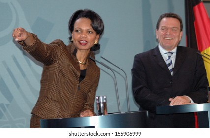 FEBRUARY 4, 2005 - BERLIN: US Secretary of State Condoleezza Rice and Chancellor Gehard Schroeder at a press conference after a meeting with the German Chancellor in the Chanclery in Berlin.