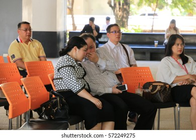 February 5, 2016 : Graduate students and education people sitting for profession seminar and the speaker is presenting content at Faculty of Education, Chulalongkorn University, Bangkok, Thailand.