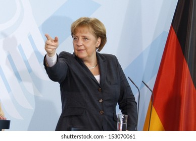 FEBRUARY 7, 2008 - BERLIN: Chancellor Angela Merkel at a press conference after a meeting with the Prime Minister of the United Arab Emirates, Chanclery, Berlin.