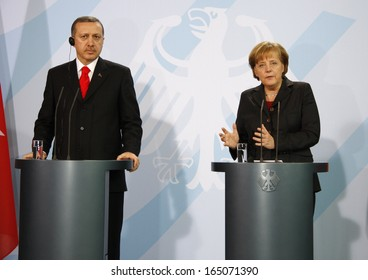 FEBRUARY 8, 2008 - BERLIN: Chancellor Angela Merkel, Turkish Prime Minister Recep Tayyip Erdogan at a press conference after a meeting in the Chanclery in Berlin.