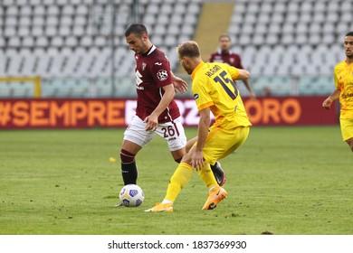 Federico Bonazzoli of Torino FC and Ragnar Klavan of Cagliari Calcio during Torino FC vs Cagliari Calcio at Olympic Grande Torino Stadium on October 18, 2020 in Turin, Italy.
