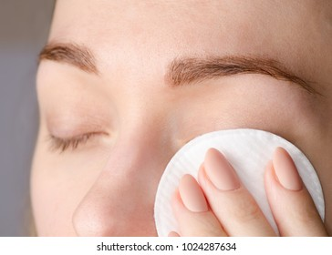 Female eye natural beauty medicine cotton pads macro