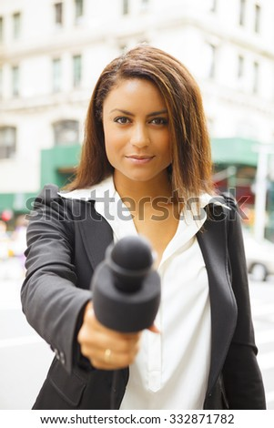 Female reporter pic 67