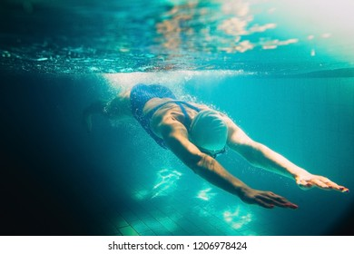 Girl Two Paper Boats Stock Photo 92679052 - Shutterstock
