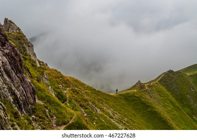 Female trailrunning in the mountains of Lechtal Alps, North Tyrol, Austria