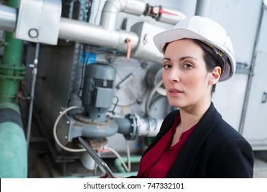 female vessel system engineer