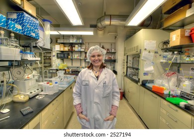 female worker in bio lab