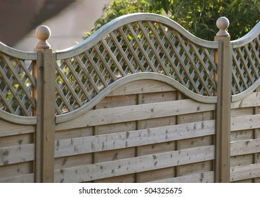 Fence panel decorative with trellis
