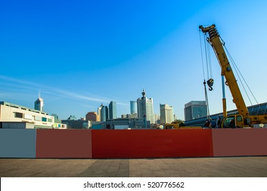 Fences and construction sites,