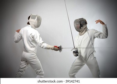 fencing players