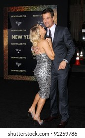 "Fergie, Josh Duhamel at the ""New Year's Eve"" Los Angeles Premiere, Chinese Theater, Hollywood, CA 12-05-11"