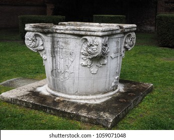 Ferrara, Italy - March 31, 2018. Sant'Antonio in Polesine, Catholic monastic complex of the nuns of the Order of Saint Benedict. The courtyard can be visited. The well of the monastery.