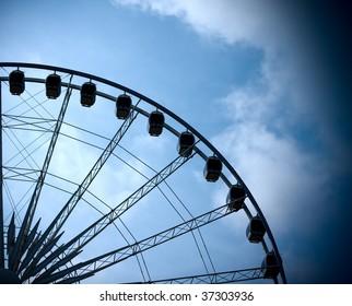 Ferris Wheel at Niagara Falls, Ontario before thunderstorm