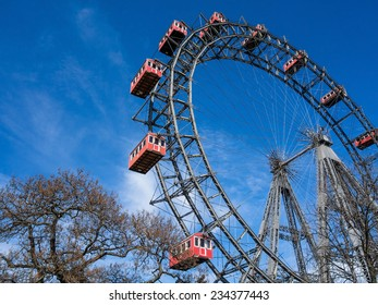 the ferris wheel in vienna is one of the landmarks of the city