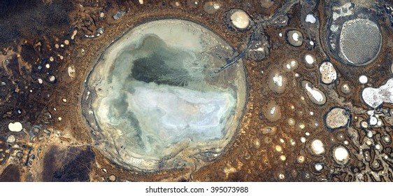 Fertilized ovule in the desert,abstract photography of the deserts of Australia from the air, bird's eye view, abstract expressionism, contemporary art, optical illusions,