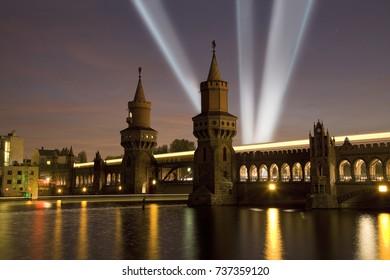 Festival of lights - Berlin - Oberbaum bridge