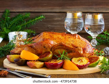 Festive Christmas duck baked with apples and figs.