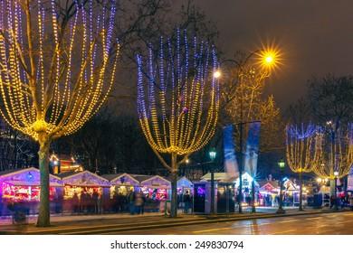 Christmas Lights In Paris.Christmas Lights Paris Stock Photos Images Photography