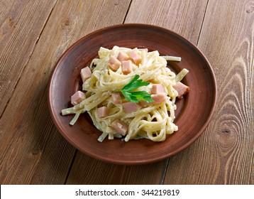Fettuccine alla papalina - pasta with prosciutto,parmesan,butter