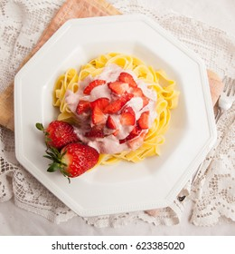 Fettuccine with strawberry,  vintage recipe 80s.