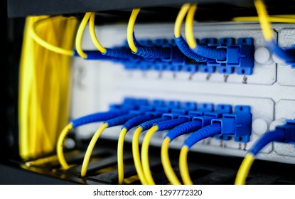 Fiber optic connecting on network swtich