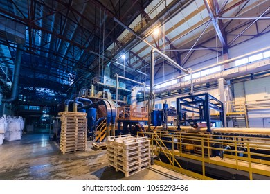 Storage manufacturing equipment for the production of fiberglass and asbestos filaments