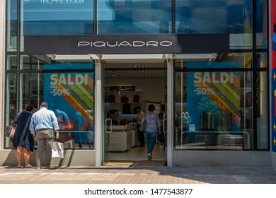 Piquadro Images, Stock Photos & Vectors | Shutterstock