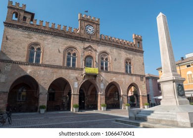 Fidenza, parma, Emilia Romagna, Italy: the medieval town hall and obelisk