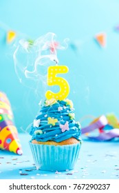 Swell 5Th Birthday Cake Images Stock Photos Vectors Shutterstock Funny Birthday Cards Online Alyptdamsfinfo