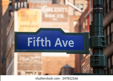 Fifth avenue blue sign 5 th Av New York Manhattan USA