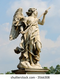 Fighting angel by Bernini in Rome