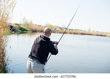 Fighting the fish on lake