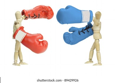 Fighting political parties, symbolized by wooden  mannequins with boxing gloves