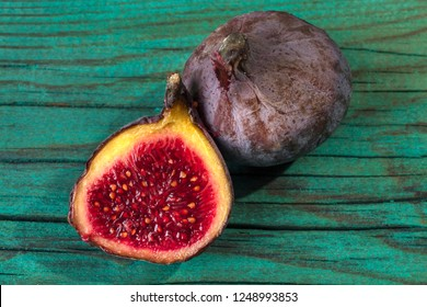 figs on a wooden background