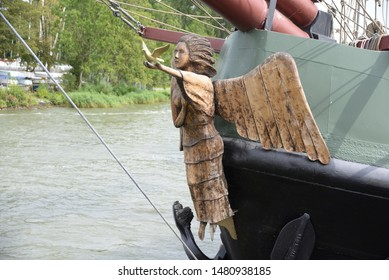 Figurehead on a ship in Holland