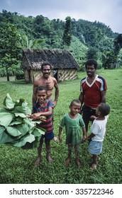 Fiji Islands, Viti Levu Isl.; 22 January 2002, Fijian people in a small village in the countryside