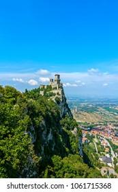 file:view of san marino - rocca della guaita