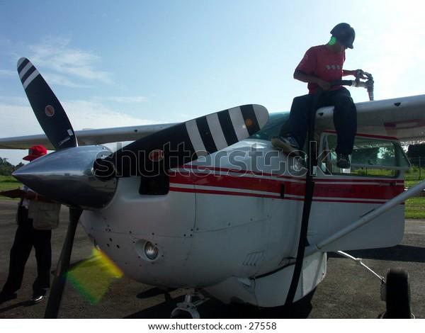 Fill plane fuel