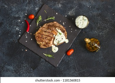 Fillet mignon with blue cheese sauce