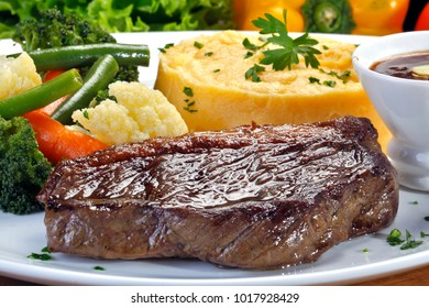 Fillet of picanha with garnishes