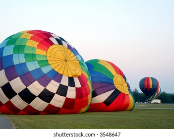 Filling up Balloons with hot air