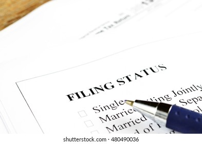 Filling status of gender, people application in document file.