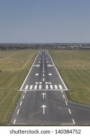 Final approach to land on a runway