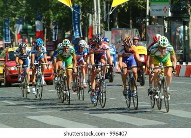 The final laps of the 2004 Tour de France in Paris