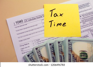 Financial Accounting Concept. U.S. Individual income tax return. tax 1040