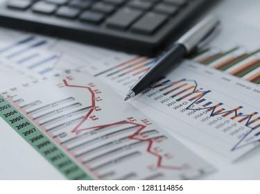 Financial accounting stock market graphs analysis .