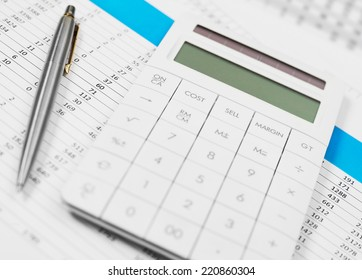Financial office work Financial data on papers and calculator
