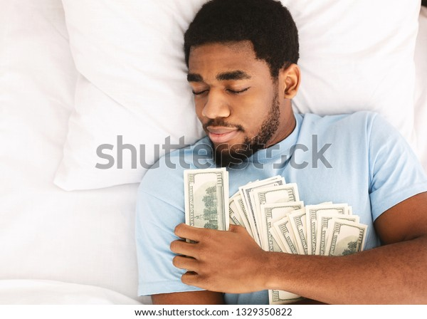How to get money from a man without sleeping with him